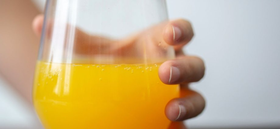 Fruit juices and sugary drinks linked to increased cancer risk